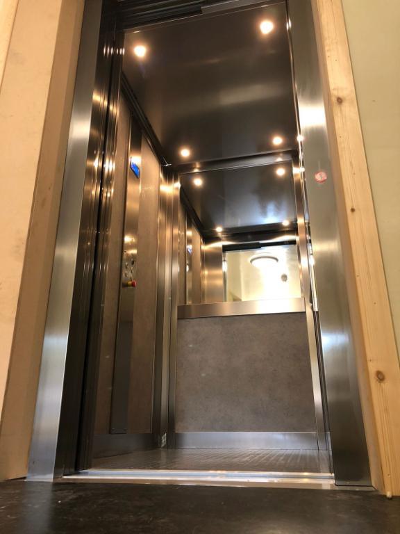 ELFO Hybrid Passenger Lift